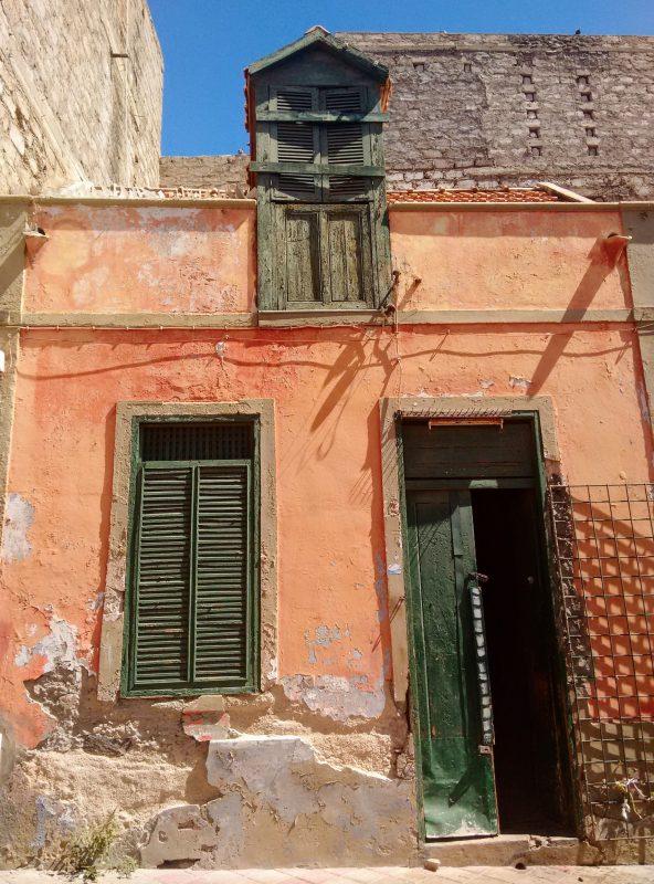mindelo, sao vicente, cabo verde, cape verde, abandoned house