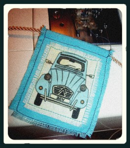 2cv-bunting-kathryn-hockey-artist-illustrator-web