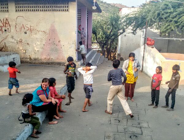 hopscotch, ragpickers, children, udaipur, happiness project, community, workaway, volunteer