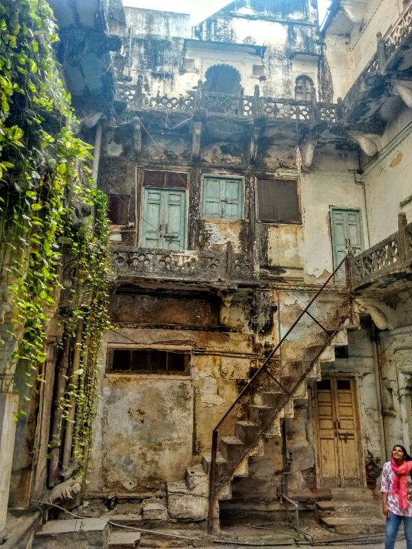 haveli, rama, guided walk, udaipur, market, rajasthan, india