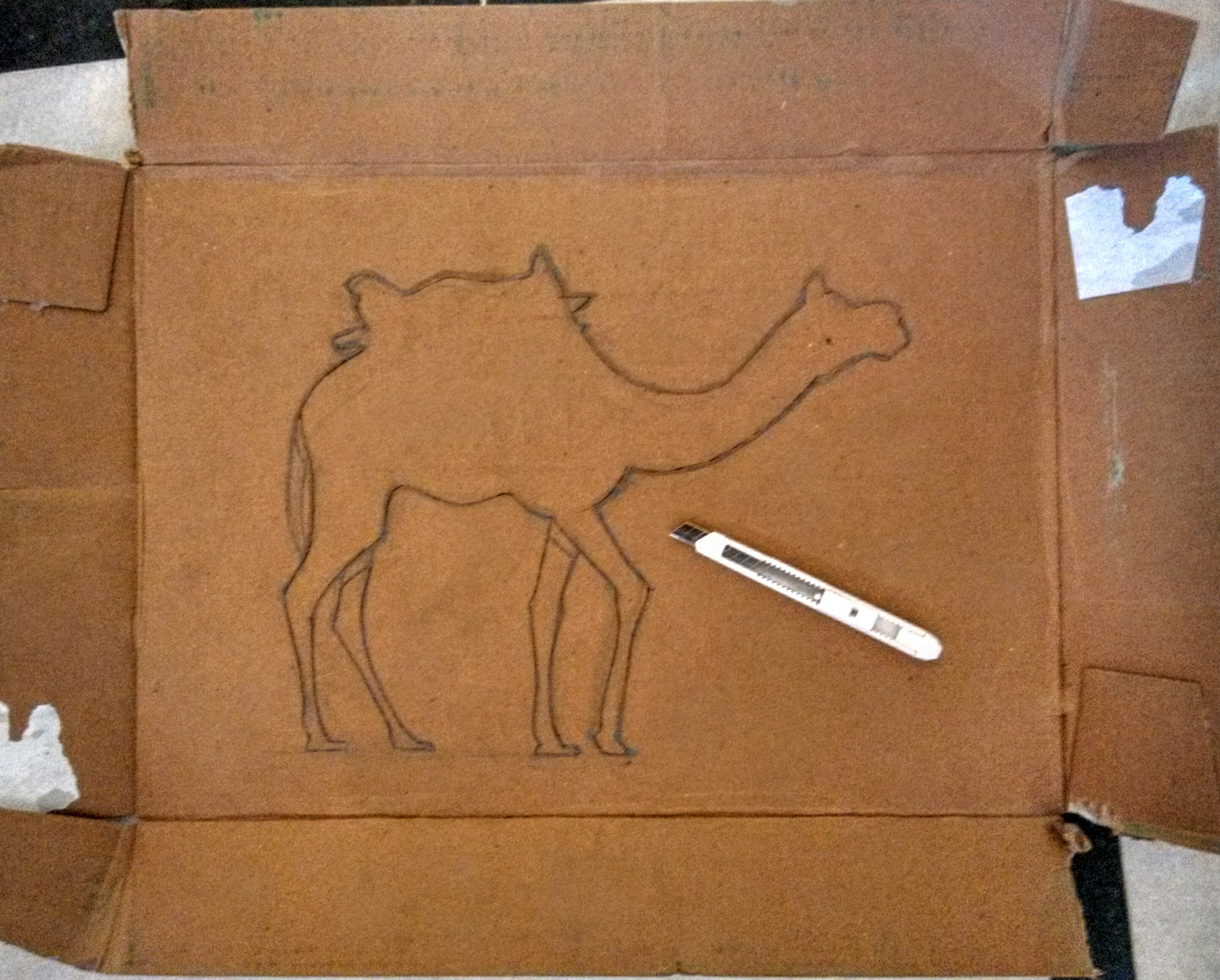camel, stencil, cutting, drawing, craft knife