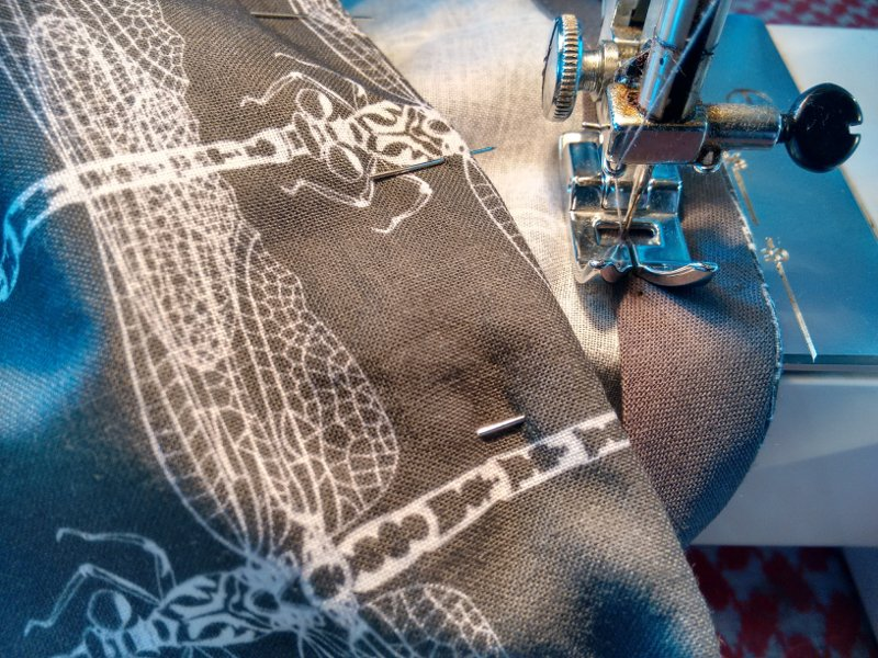 dragonfly-fabric-kathryn-hockey-artist-illustrator-web
